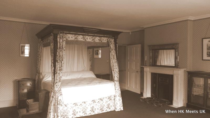 樸素得很的睡房